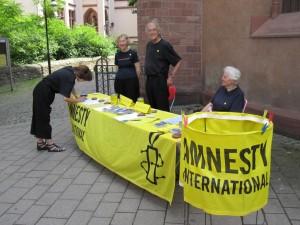 Amnesty-Stand am Kirchenreulchen