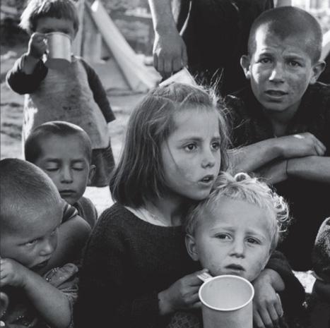 """Fotoausstellung """"Menschen auf der Flucht"""" von Amnesty International und Magnum Photos"""
